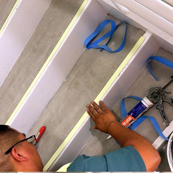 Certified Installer padding Alu Strip on