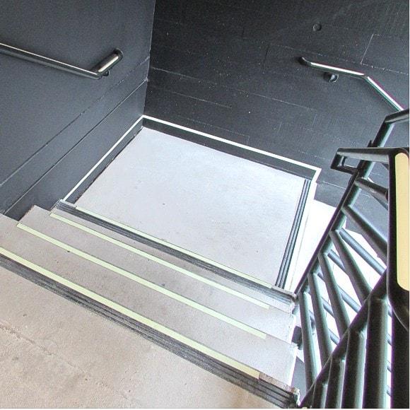 460 16th Street, San Diego - Stairway 2